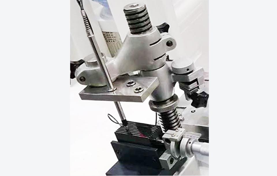 米兰特F系列LVDT位移传感器用于零部件尺寸精密测量现场案例.jpg