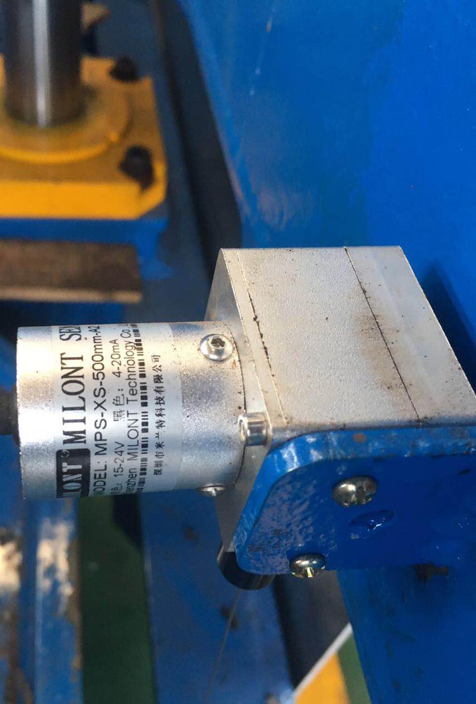 米兰特MPS小型拉绳位移传感器用于机械设备位移测量现场应用案例.jpg